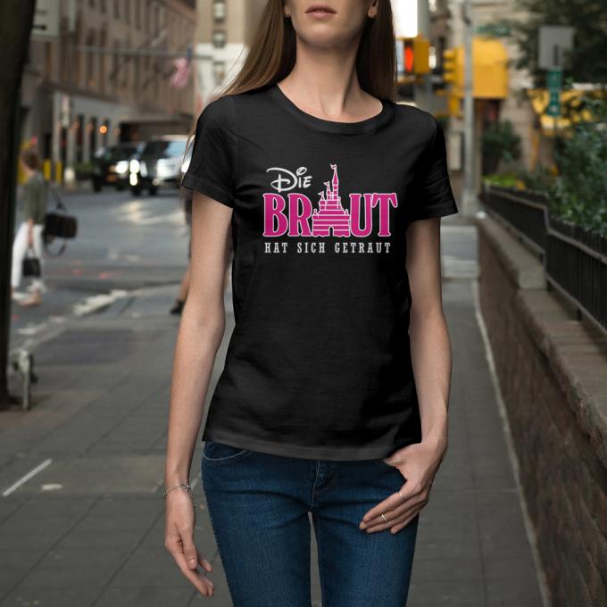 D37_Junggesellinnenabschieds-jga-shirt_die-braut-hat-sich-getraut_hi
